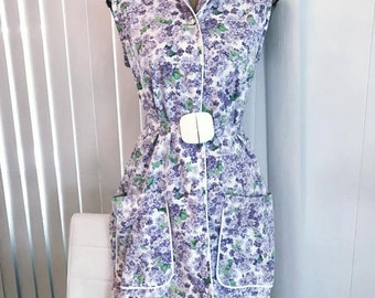 Vintage 50's early 60's Era Belted Sheath in Lilac Print -- Size L