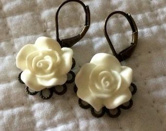 Cream Rose Flower Earrings Antique Style Drop