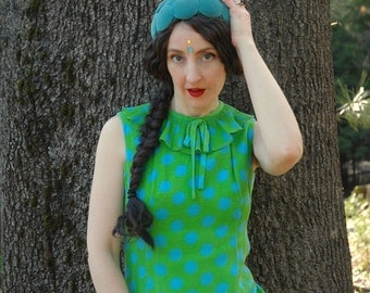 60s Mod Mini Dress... 1960s Vintage Polka Dot Minidress... Lovely Fabric... Amazing Pop Art Colors