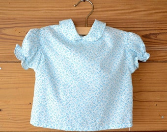 1950s tiny flowers girlie top / baby cotton blouse / 6-9 months