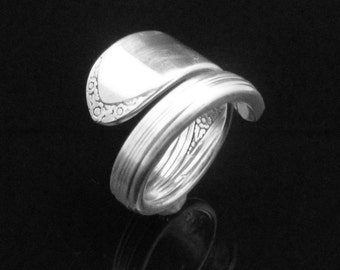 Simple Floral Spoon Ring, Devonshire aka Marylou 1938