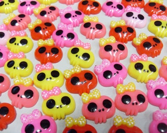 10x 18mm Cute Skull Resin Cabochon set Halloween, Day of the Dead