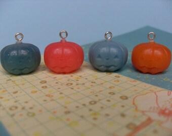 4x Tiny Resin Pumpkin Jack O Lantern Charms Multicoloured Kawaii