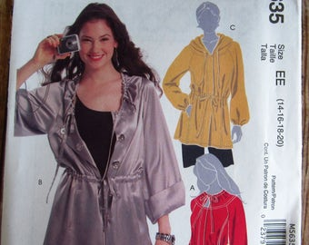 Misses Loose-fitting Unlined Anorak Jacket in Two Lengths Sizes 14 16 18 20 McCalls Pattern M5635 UNCUT
