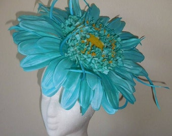 Giant Daisy Flower Fascinator - Turquoise