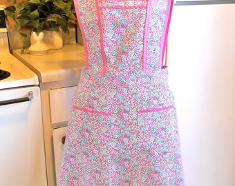 Old fashioned 1940's Style Full Apron in Pink Floral