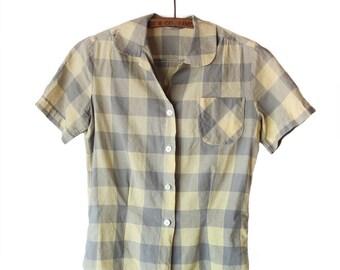Vintage 1950s Cotton Gingham Button Down Short Sleeve Shirt | Size Medium