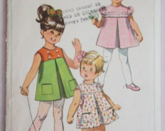 Vintage 1968 Little Girl's Dress Sewing Pattern Simplicity 7560 Size 1