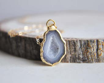 Geode Necklace, Natural Geode, Small Geode Necklace, Gold Geode Necklace, Rough Cut, Raw Geode, Druzy Geode Necklace, Druzy Necklace, Nature