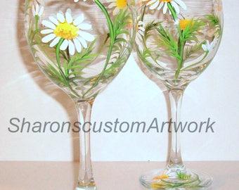 White Daisies Hand Painted Wine Glasses Set of 2- 20 oz. White Wine Glasses, Springtime, White Daisy, Wedding, Birthday Gift Bridesmaid Gift