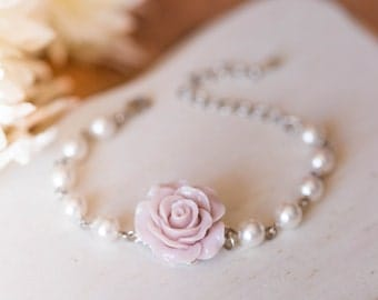 Dusty Pink Bridesmaid Bracelet Flower Girl Bracelet Wedding Bridal Jewelry Rose Flower White Pearls Adjustable Bracelet Vintage Wedding
