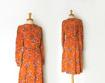1970s pumpkin orange floral pattern long sleeve midi dress size medium