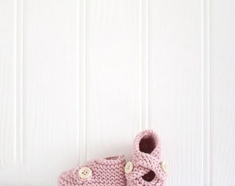 rose pink baby booties, hand knit baby shoes, baby shower gift, baby keepsake, new baby gift, vintage rose pink baby booties