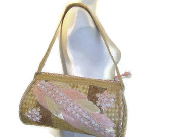 50s Straw Purse Woven Purse Summer Purse  Shells Raffia 1950s Island Purse  Embroidered Purse Summer Handbag Beach Purse Carribbean Purse