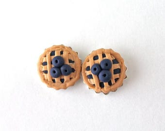 Blueberry Pie Earrings / Mini Pie / Kawaii Miniature Food / Cute Pie Earrings / Kitschy Earrings