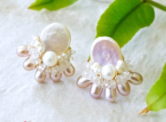 Pearl and moonstone earrings - Freshwater pearl cluster stud earrings - pearl bijoux - wire wrapped jewelry
