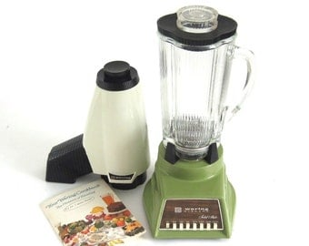 Waring Blender Harvest Avocado Model CC8A 1174 1970s Small Kitchen Appliances Glass Jar with Ice Crusher (as-is)