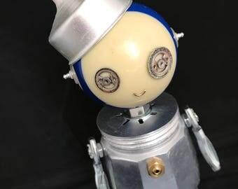 Perkolittle Bot - found object robot sculpture assemblage by Cheri Kudja with Bitti Bots
