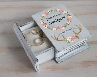 Personalized ring bearer box, Floral wedding box, Boho wedding, White Ring box Woodland wedding Jewelry box Antlers wedding box Ring holder
