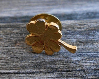 Vintage Shamrock Pin. Gold Tone, St. Patrick's Day, Mother's Day, Bridesmaid Gift, Anniversary, Birthday.