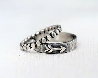 Sterling Silver Arrow Stacking Ring Set - Pair - Rustic Jewelry - Hammered Rings - Metalwork - Oxidized Silver -Gift For Her