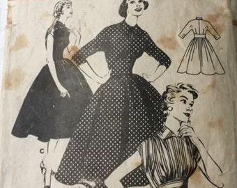 Butterick Vintage 7172 High Waisted Dress