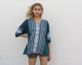 Embroidered tunic Mexican blouse