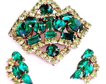 Vintage Juliana D&E Green Rhinestone Brooch Earring Set