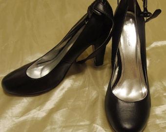Anne Michelle Vintage Black Faux Leather Women's Mary Jane Pumps Heels Size 9