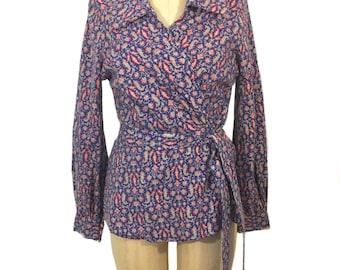 vintage 1970's paisley wrap blouse / wool / collared blouse / 70's blouse / novelty print blouse / women's vintage blouse / size medium