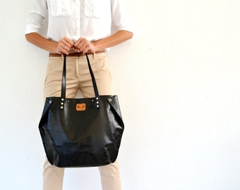 Black leather tote / Leather tote bag / Black shoulder bag / Black leather satchel / Black leather handbag / Antique style leather