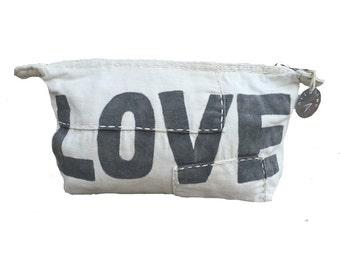 Ali Lamu Clutch Large Natural LOVE Grey