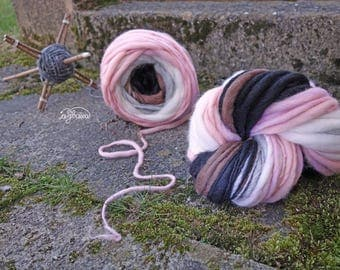 handspun selfstriping yarn No 170316