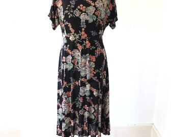 90s vintage black floral long dress/ short sleeve flowered dress// small medium