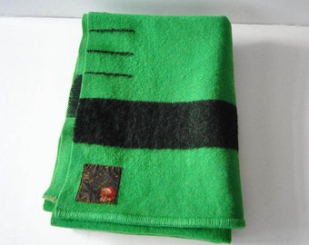 Green Trapper 3.5 Point Wool Blanket Made in England Large Black Stripe