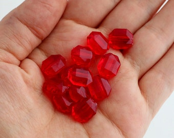 CLEARANCE! - Vintage Acrylic Faceted Ruby Red Octagon Beads 11mm