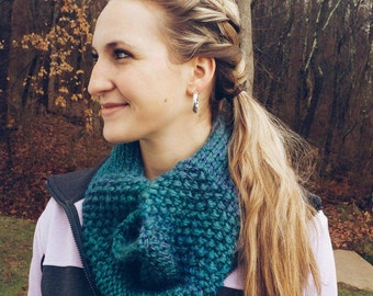 Infinity Scarf Multiple Stitch in Deep Blue