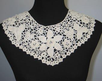 Antique Lace Collar / Antique Irish Crochet Lace / Collar / Dress Front / Vintage Lace / Handmade Lace
