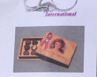 "Dollhouse Miniature 1"" Scale Candy Box 2 Kit (Itz)"
