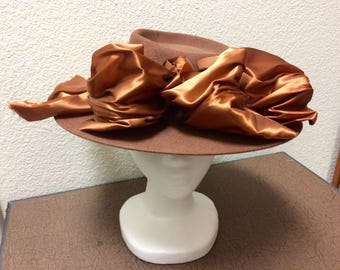 Vintage 1940s Cocoa Brown Wide Brimmed Hat Modeled In California by Veeda Louisa