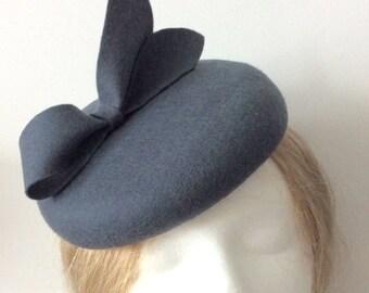 100% Merino Wool Fascinator Hat - Charcoal Gray Bow hat, pillbox hat, round wool fascinator