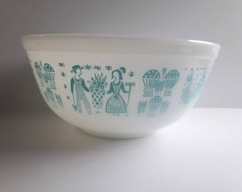 Vintage Butterprint Amish  Pyrex 403 Mixing Bowl - very good condition - Amish Turquoise Blue Milkglass Bowl (large - 2.5 quart - 403)