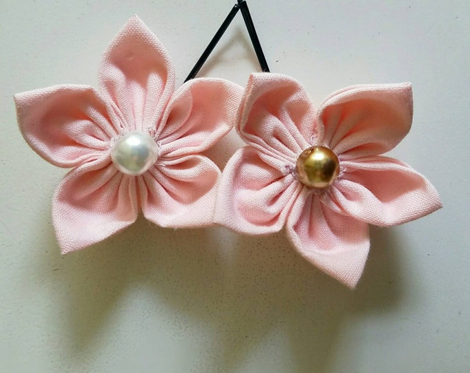 Two Flower Bobby Pins