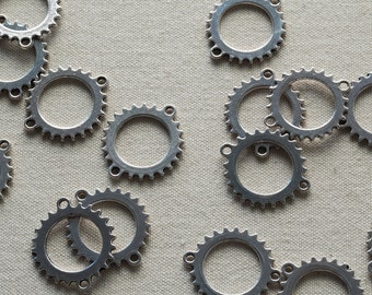 Steampunk Gear Link, silver tone, 24mm diameter, lead-free, 10, 25 or 50 pieces