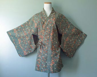 Vintage Antique Kimono Robe Floral Asian Kimono Grey Green Blue Handmade Flower Print Short Bath Robe Japanese Size 2X 3X XL Plus Sexy Chic