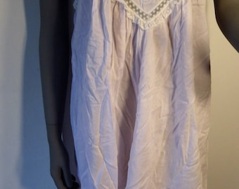 1980s Vintage Pink Nightgown Short Spaghetti Straps Appliques Lace Sara Beth M-L
