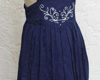 Vintage Sleeveless Blue and White Polka Dot Sleeveless Dress