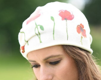 Basque Poppy meadow off-white