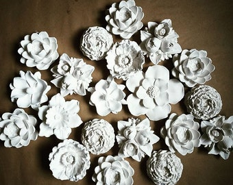 Wall flower sculptures, flower sculpture collection, set of wall hanging flowers, modern flower cluster