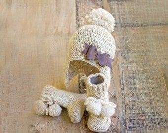 Crochet Hat and Booties Set, Crochet Hat and Shoes Set, Baby Girl Hat and Booties, Crochet Baby Hat and Crochet Baby Booties in Merino Wool